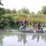 Bateau de pêche électrique d'échantillonnage